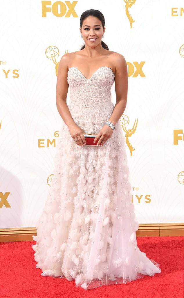 2015-emmys-red-carpet-gina-rodriguez