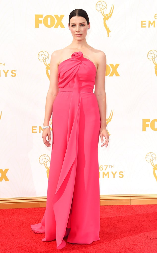 2015-emmys-red-carpet-jessica-pare-emmy-awards.ls.921015