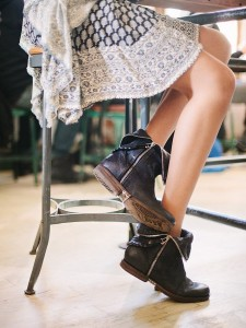 how-to-wear-ankle-boots-15