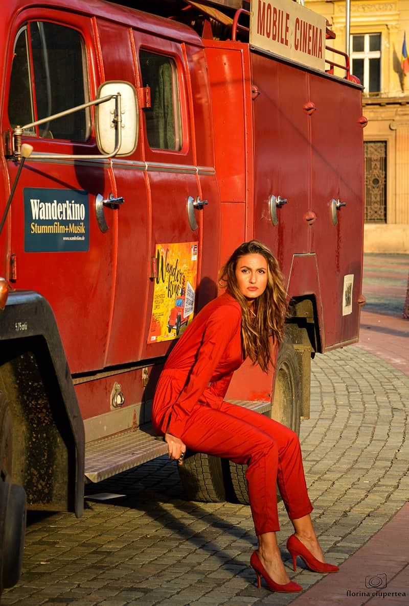 evening-casual-jumpsuit-thefashiontag-11
