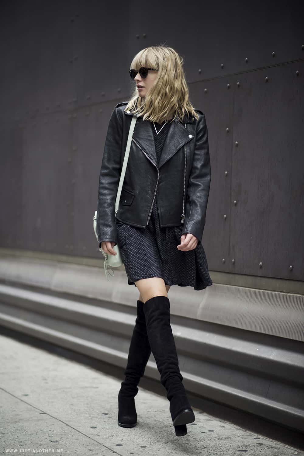 how-to-wear-thigh-high-boots-35