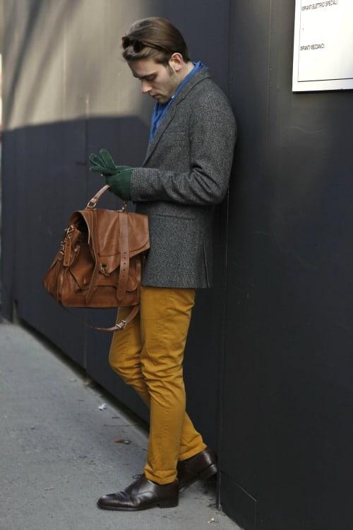 street-style-men-bags-1