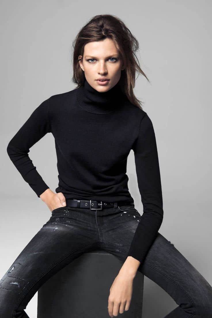 tight-turtlenecks-trend-2016-7