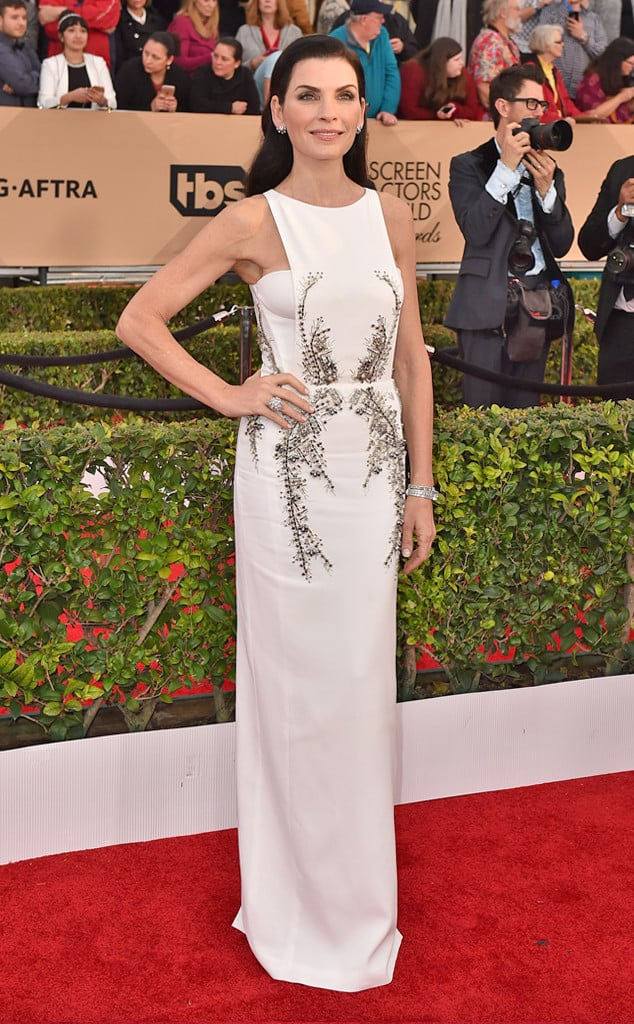 2016-sag-awards-red-carpet-julianna-marguiles-