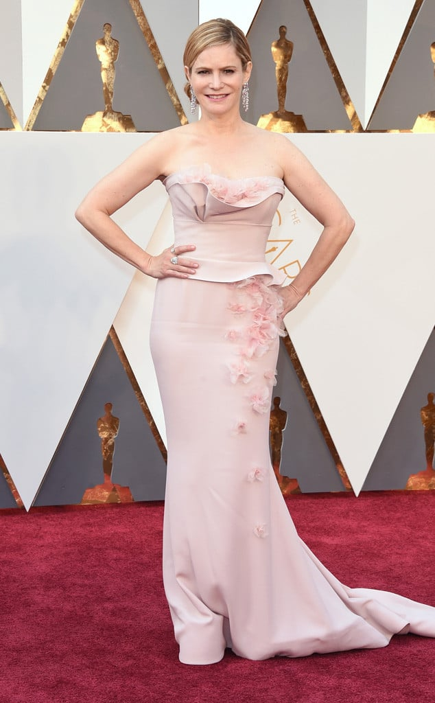 oscars-2016-red-carpet-best-worst-dressed-24