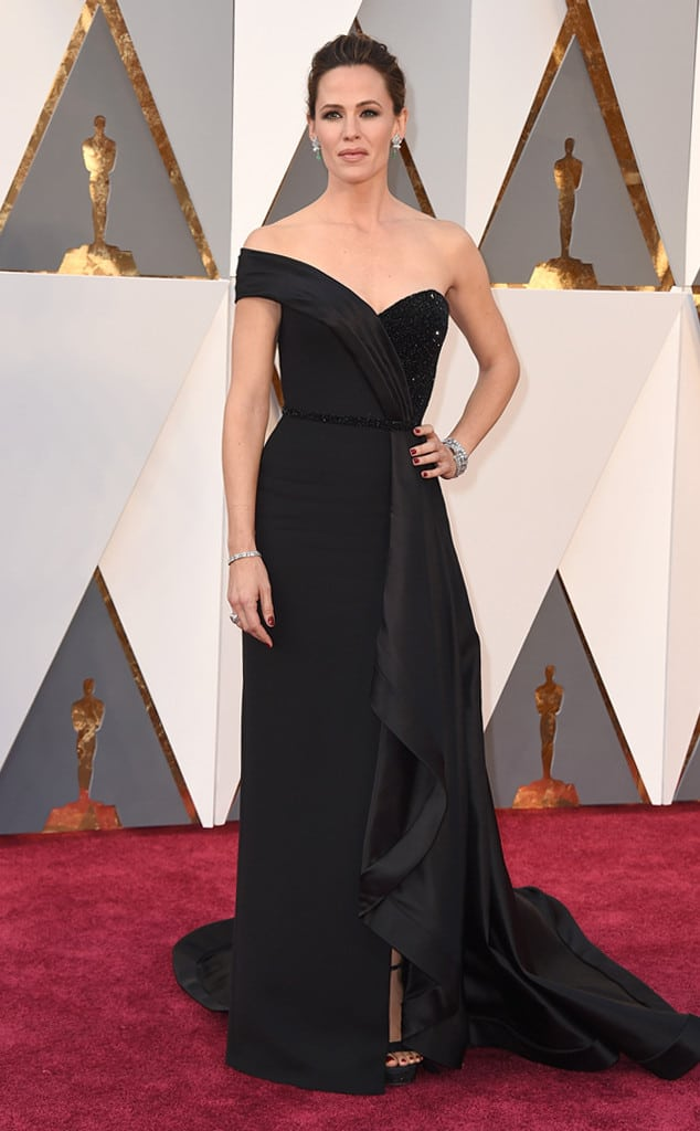 oscars-2016-red-carpet-best-worst-dressed-29