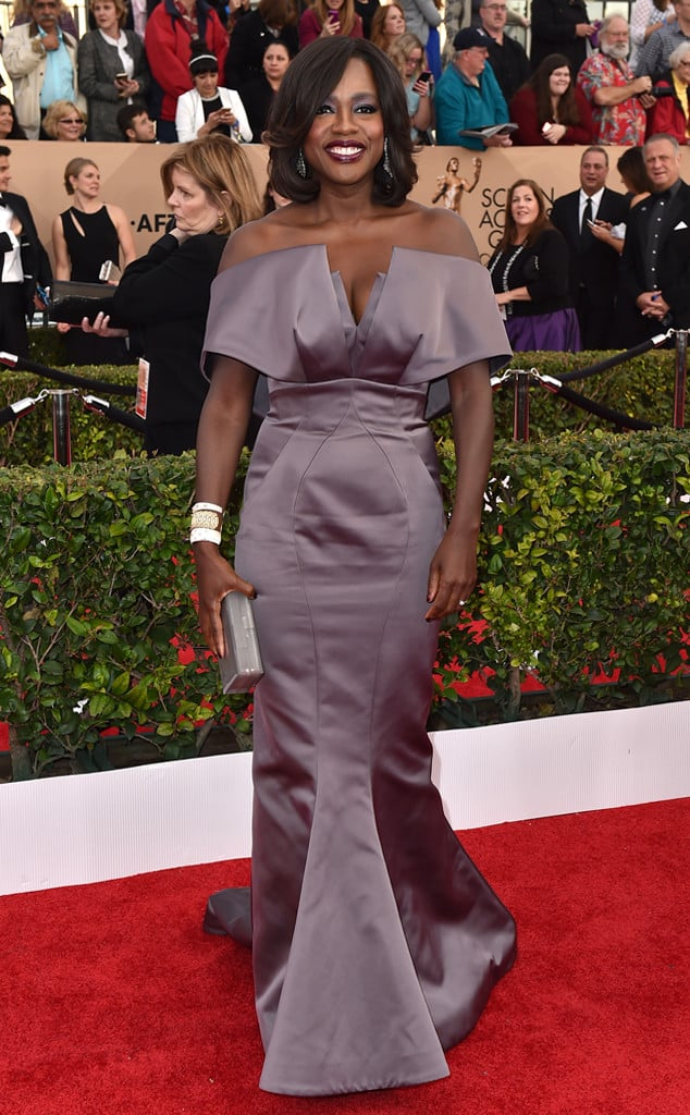 r2016-sag-awards-red-carpet-viola-davis