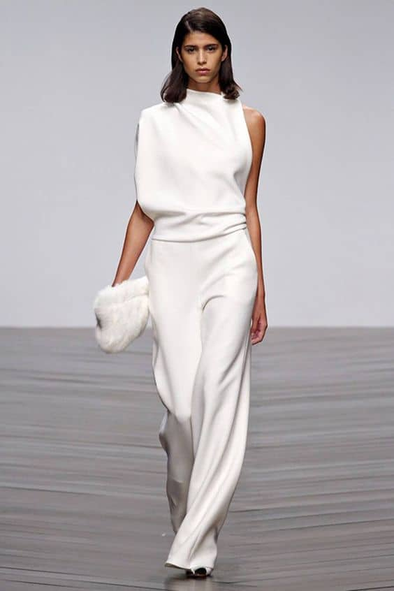 all-white-outfits-14