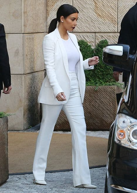 all-white-outfits-19