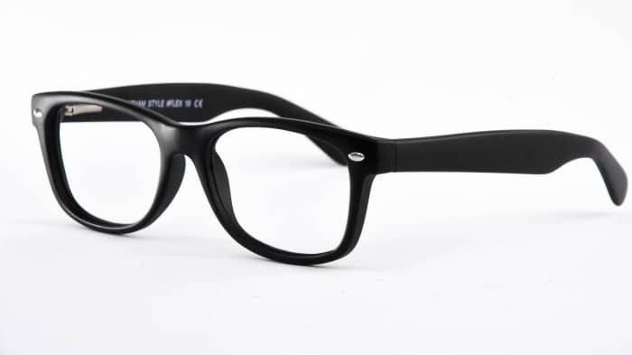 5f913e8942f EYEGLASSES Trends 2017  What To Wear  – The Fashion Tag Blog