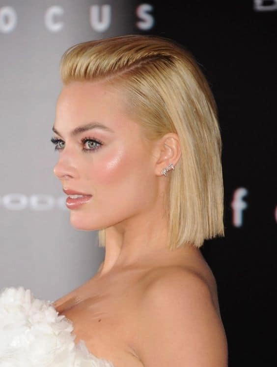 slicked-back-hair-trend-16