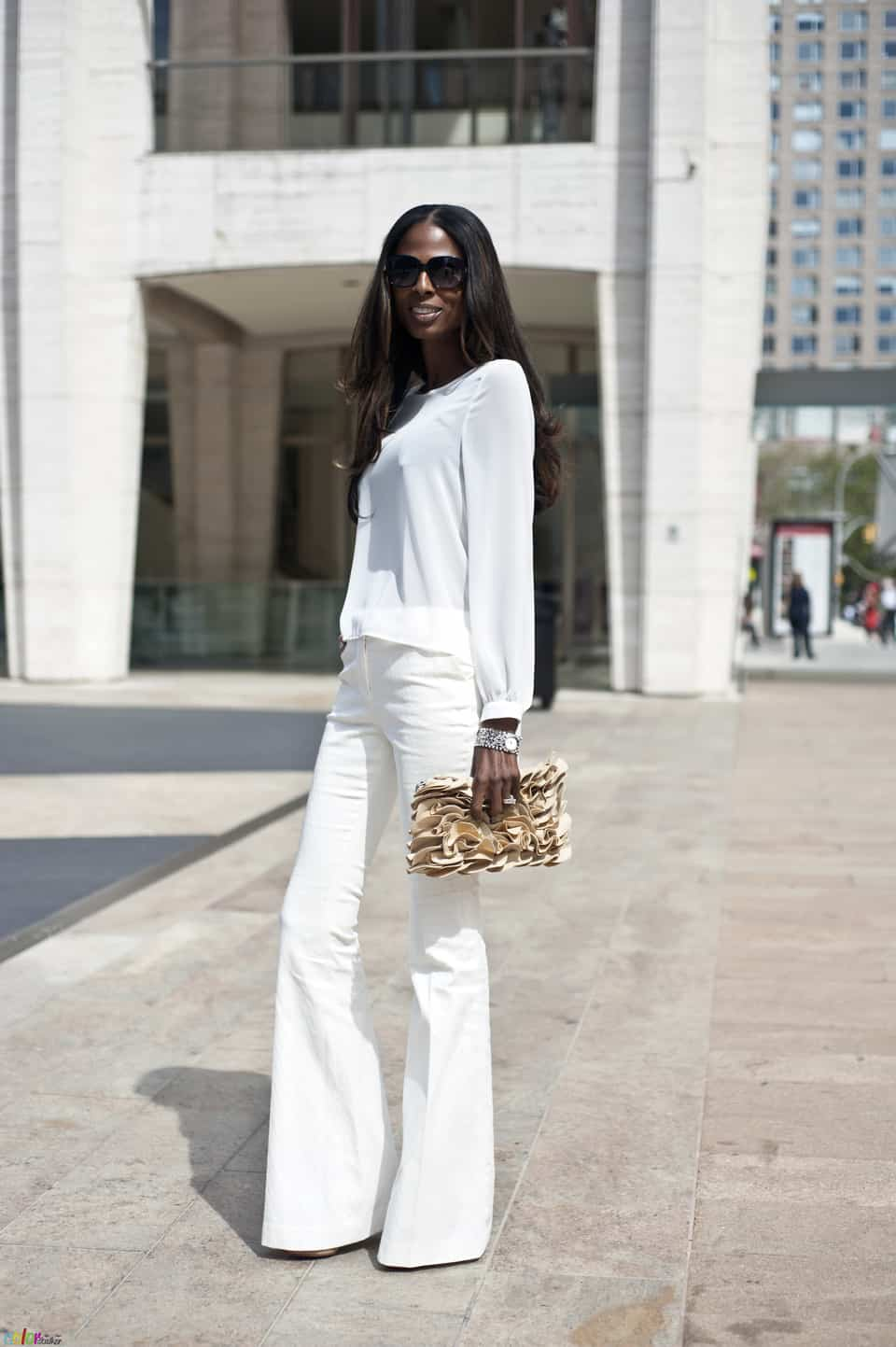 spring-looks-all-white-39