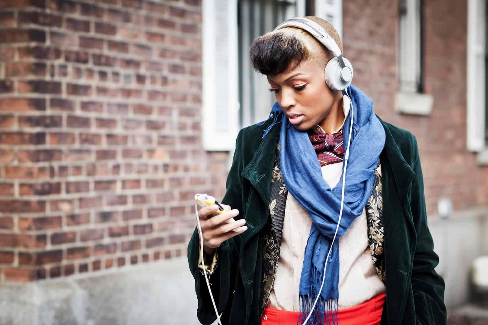 street-style-headphones-26