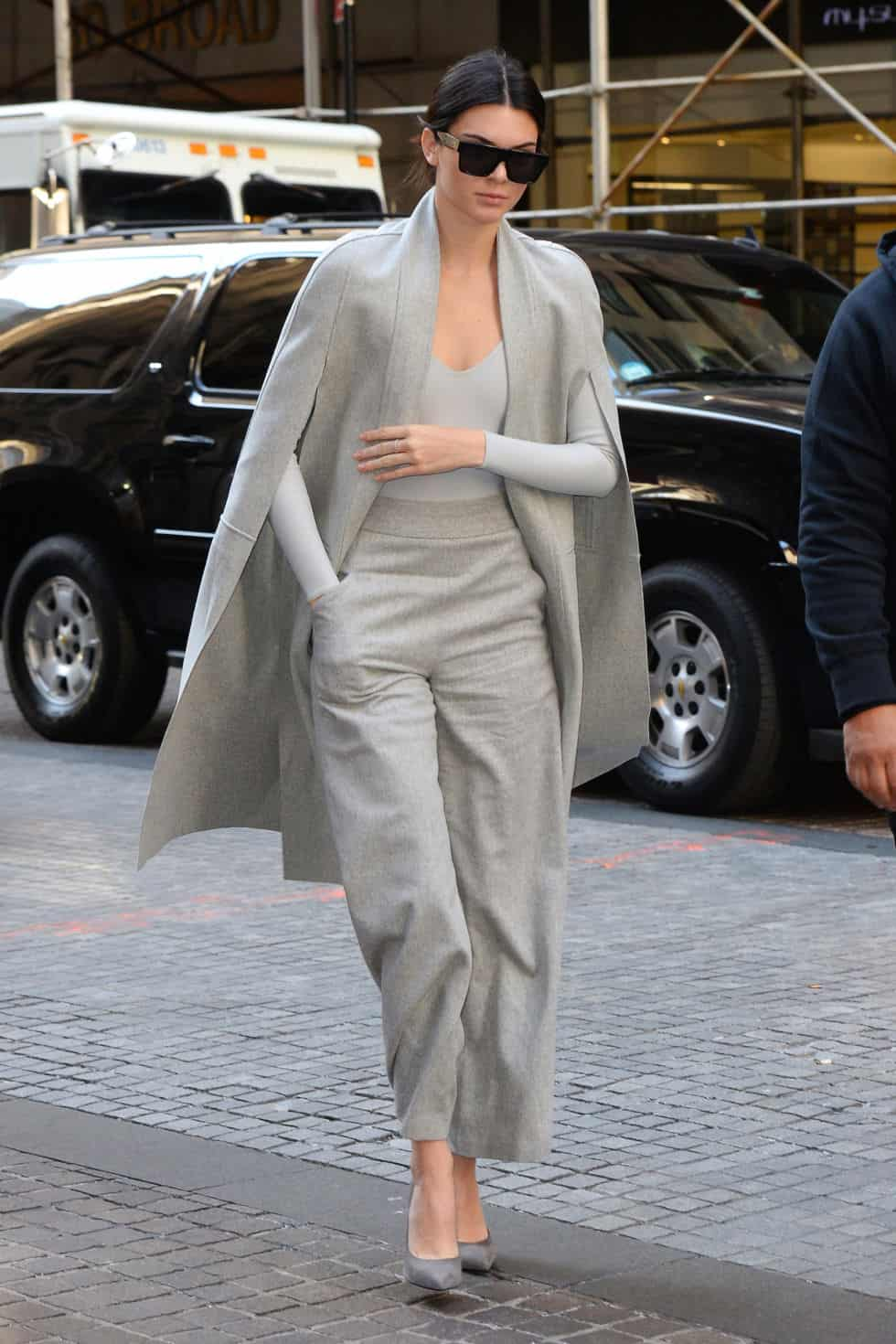 wonderful kendall jenner street outfit