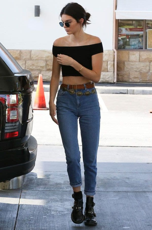 Why Kendall Jenner 39 S Street Style Is The Best The Fashion Tag Blog