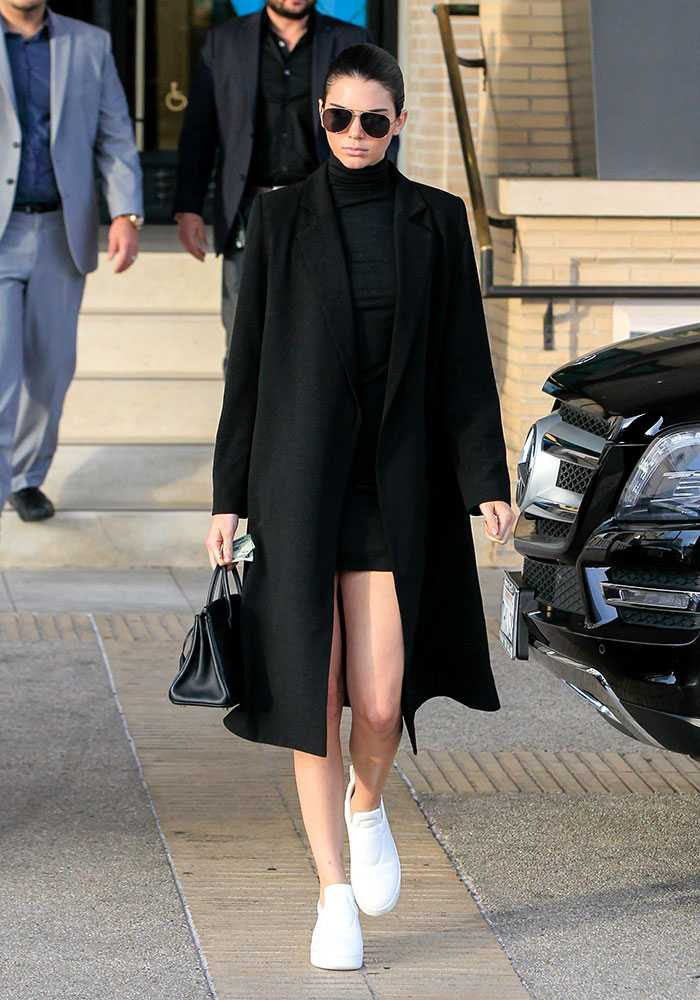 kendall-jenner-style-pictures-black-street-style__large