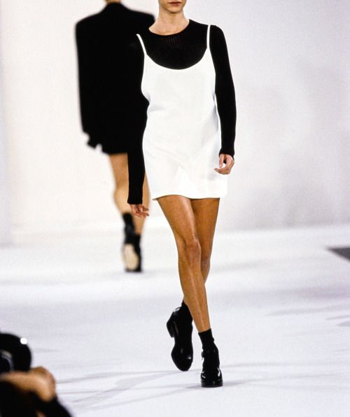 slip-dresses-over-t-shirts-look-8