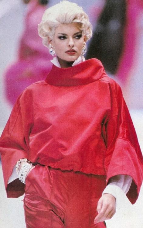 90s-supermodels-linda-evanghelista-27