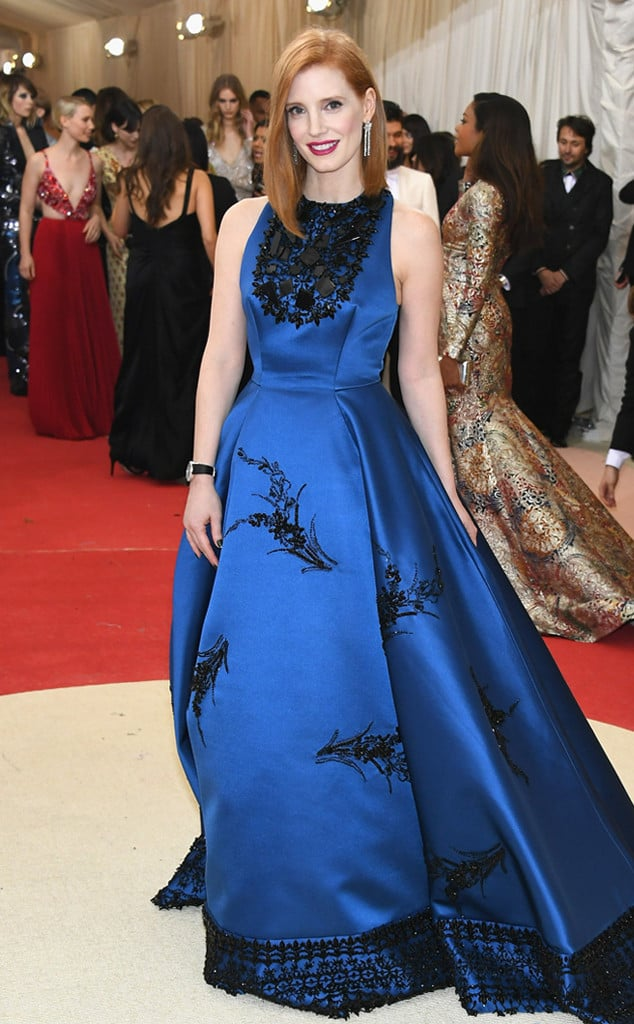 met-gala-2016-red-carpet-jessica-chastain