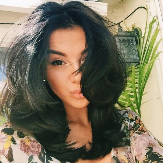 blowout-hairstyle-trend-2016-3