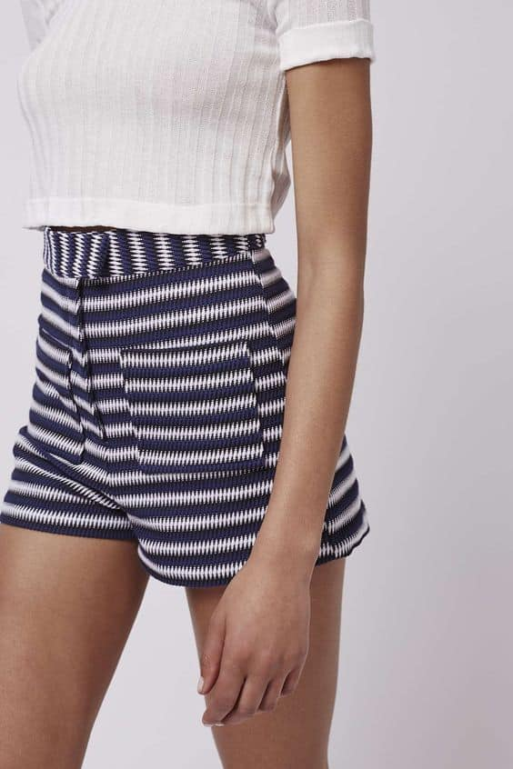high-waisted-shorts-trend-5