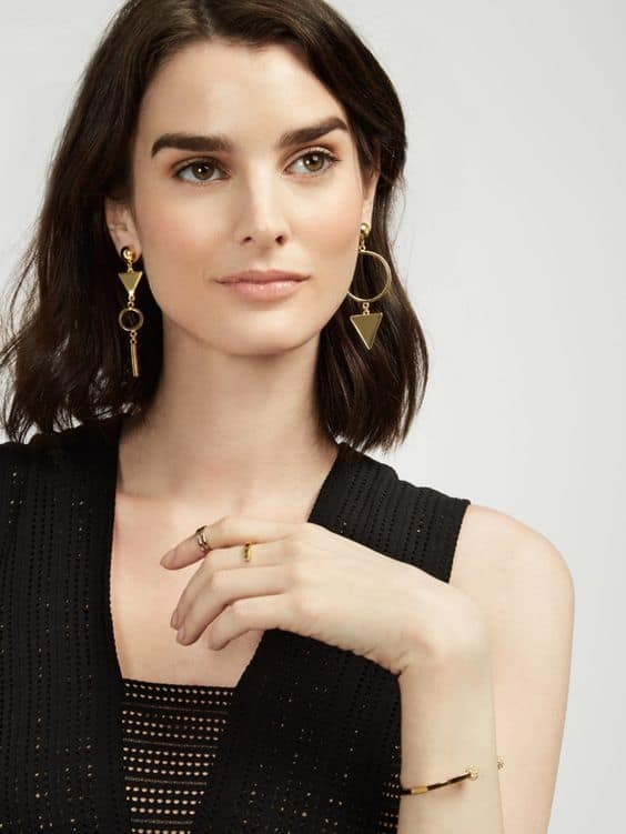 fall-2016-trend-mismatched-earrings-5