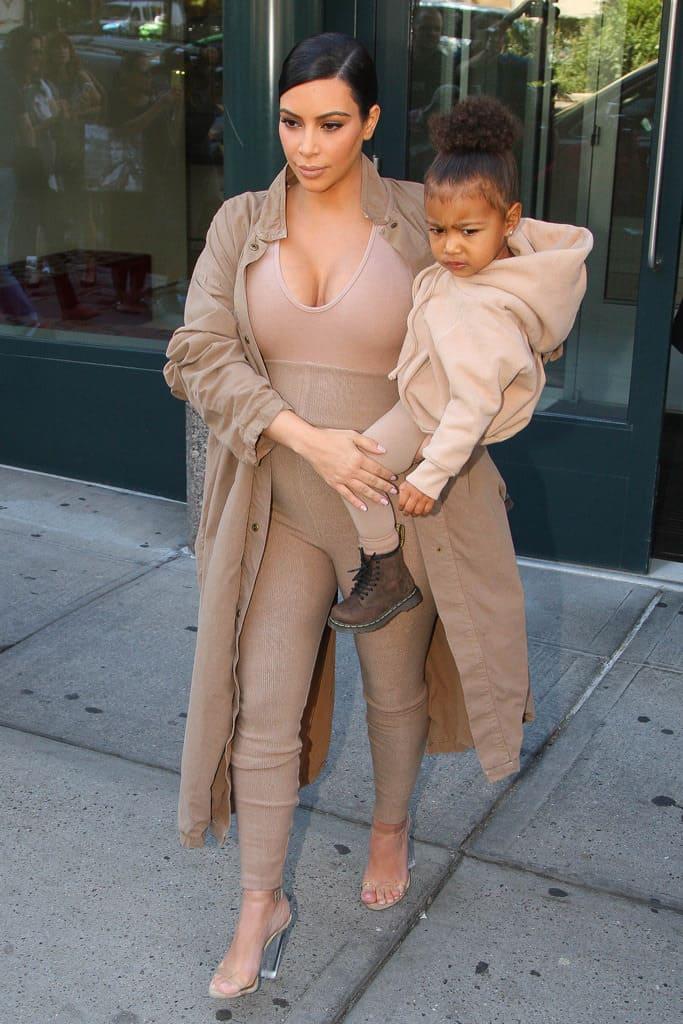 kim-kardashian-clear-shoe-trend-1