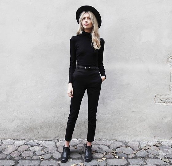 Minimalist fashion how to pull off this look fashion for Minimalist look