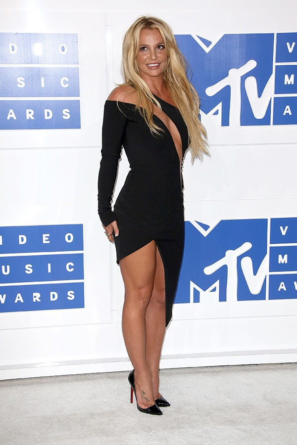 vmas-2016-red-carpet-12