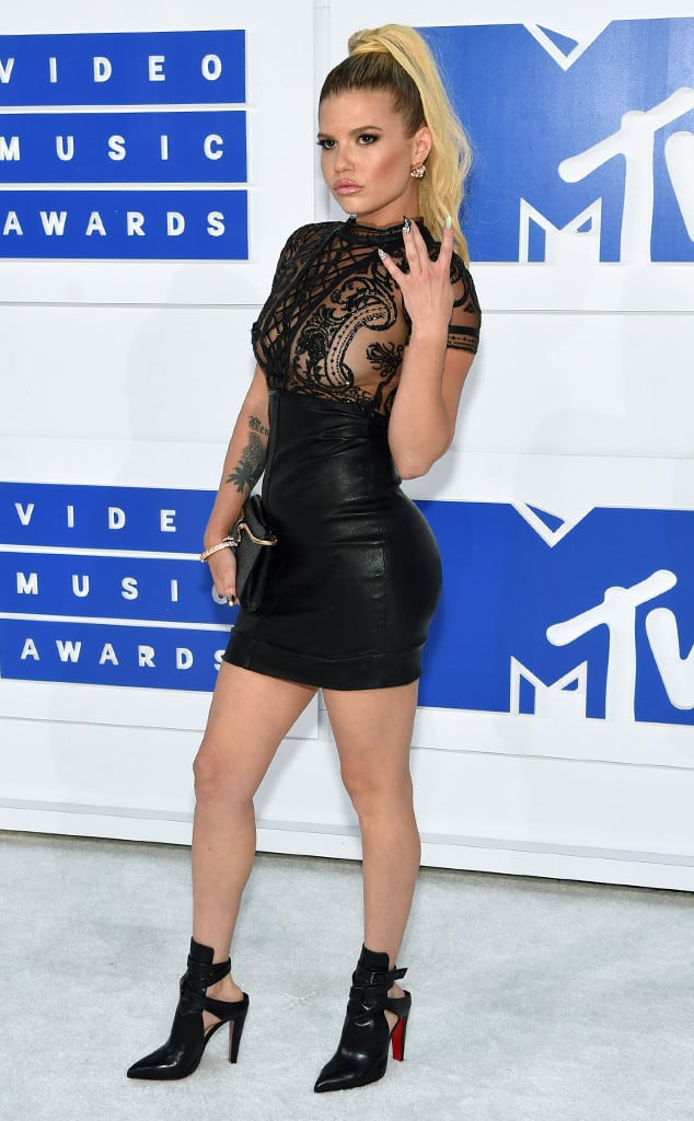 vmas-2016-red-carpet-28