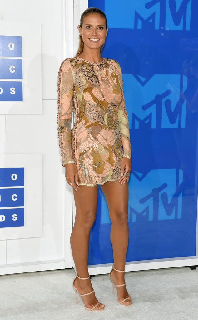 vmas-2016-red-carpet-29