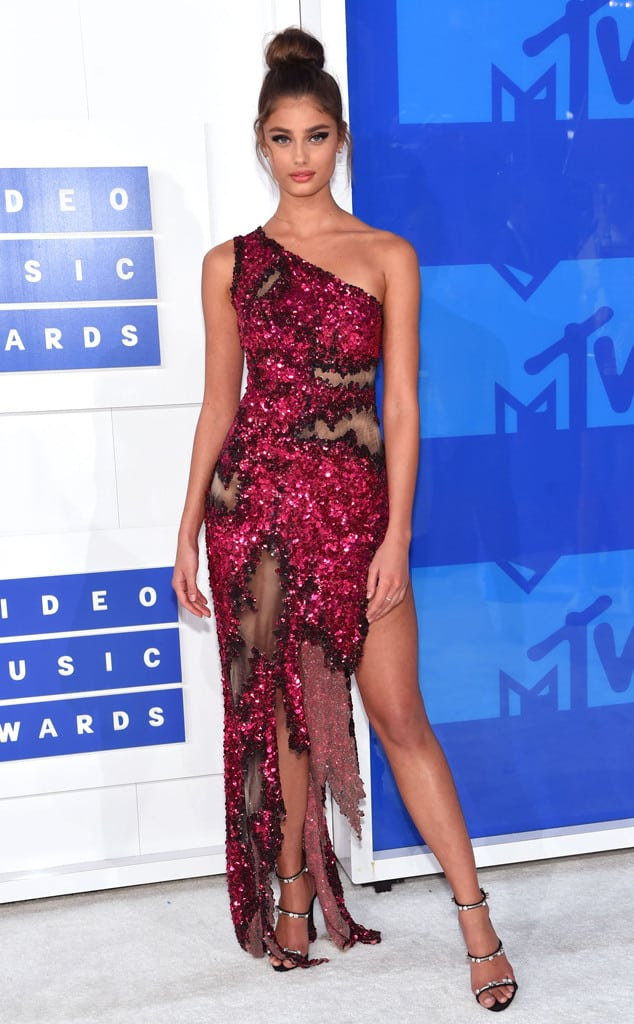 vmas-2016-red-carpet-31