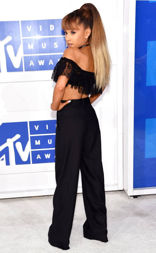 vmas-2016-red-carpet-35