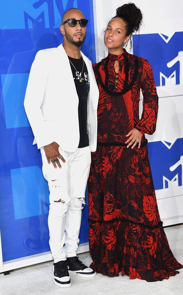 vmas-2016-red-carpet-41
