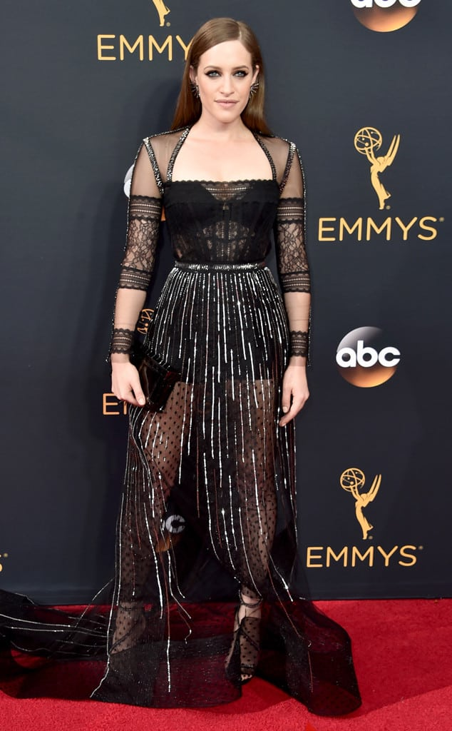 emmys-red-carpet-2016-red-carpe9
