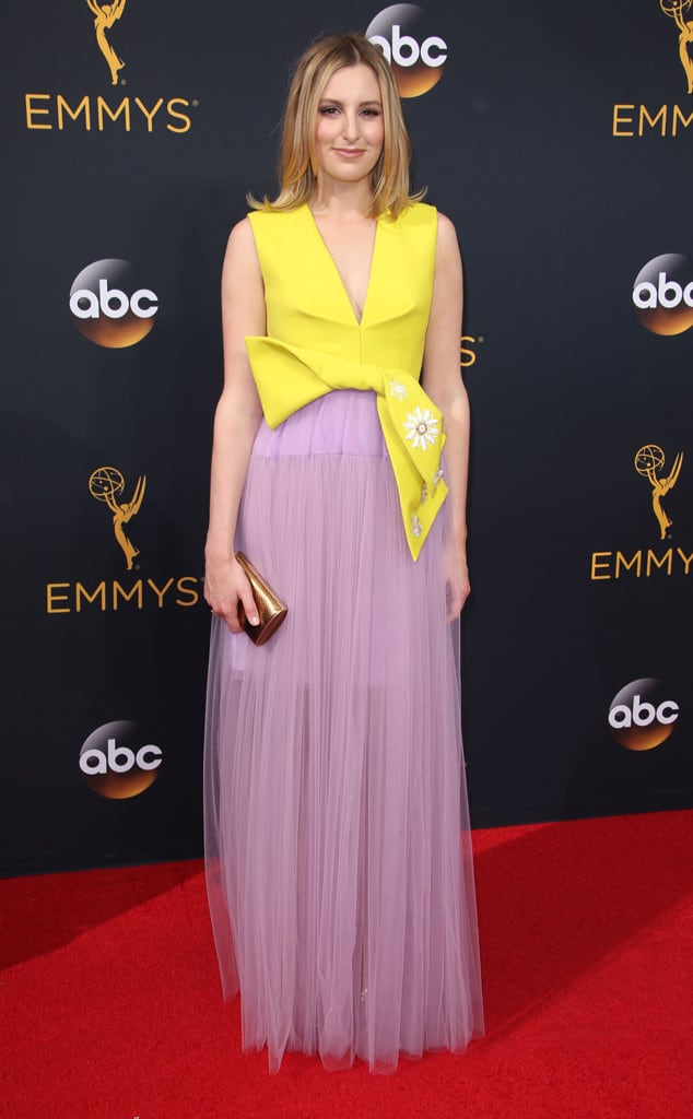 emmys-red-carpet-2016-red-carpet-laura-carmichael-2016