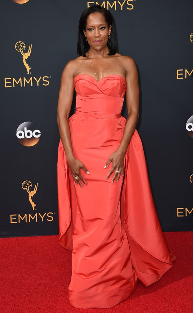 emmys-red-carpet-2016-red-carpet-regina-king-emmy-awards-2016