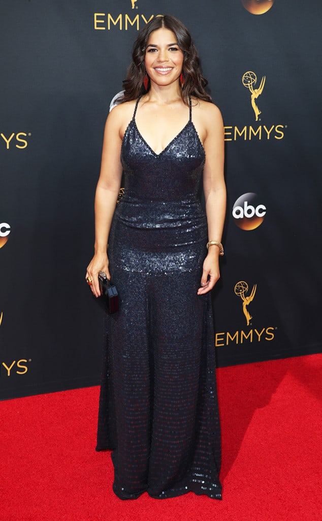 emmys-red-carpet-2016-red-carpet-america-ferrera-emmy-awards-2016