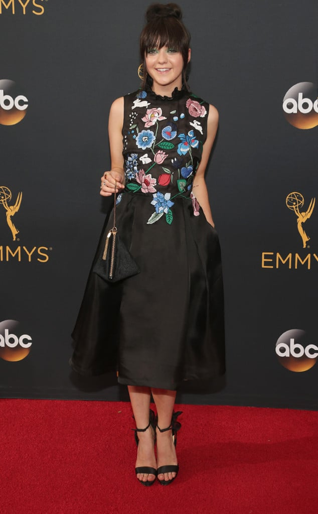 emmys-red-carpet-2016-red-carpet-arrivals-maisie-williams
