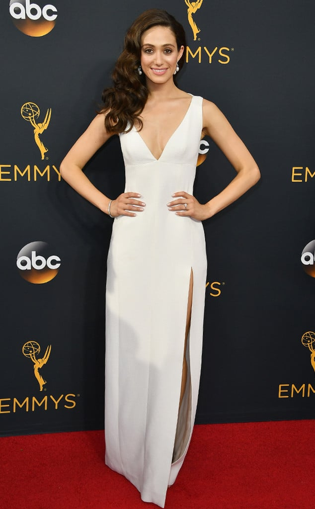emmys-red-carpet-2016-red-carpet-arrivals-rossum
