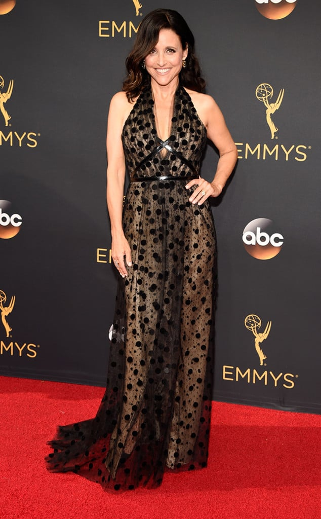 emmys-red-carpet-2016-red-carpet-julia-louis-dreyfus