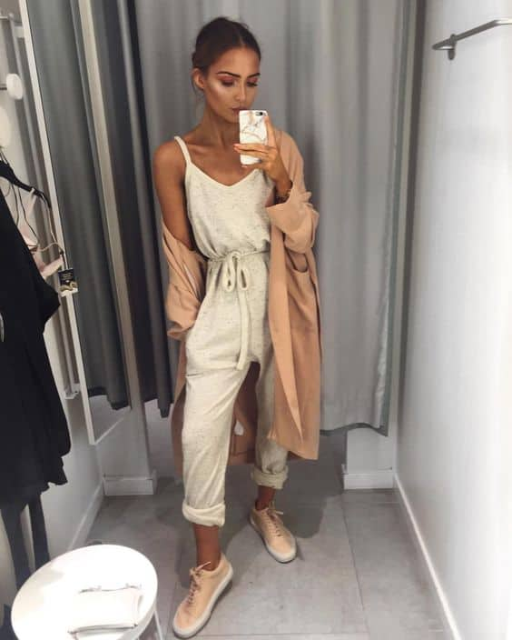 nude-sneakers-outfit-2
