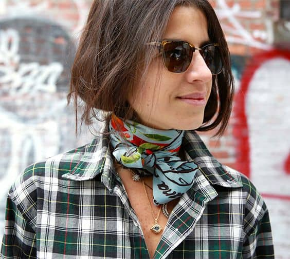 the-neck-scarf-trend-6