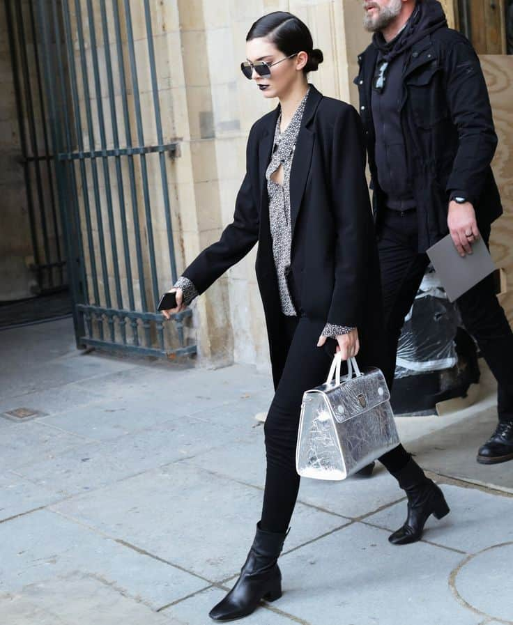 6-working-women-sunglasses-paris-street-style