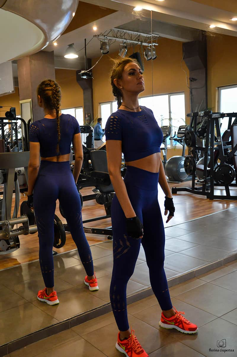dana-straut-gym-outfit-ivy-park-thefashiontag-_0863