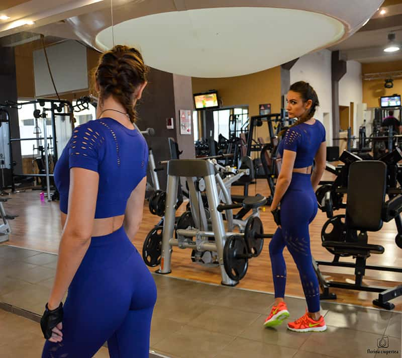 dana-straut-gym-outfit-ivy-park-thefashiontag-_0893
