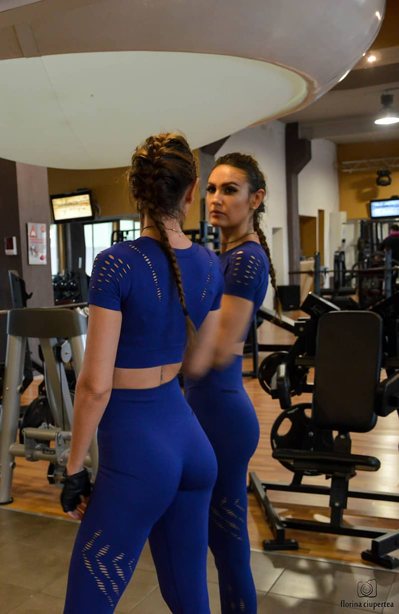 dana-straut-gym-outfit-ivy-park-thefashiontag-_0894