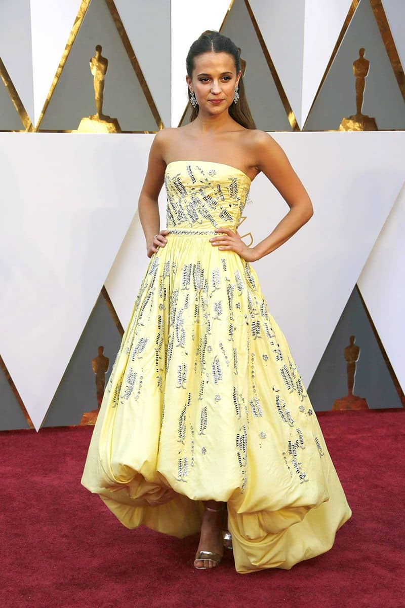 alicia-vikander-beaded-bubble-yellow-fashion-prom-dress-oscars-2016-red-carpet-1