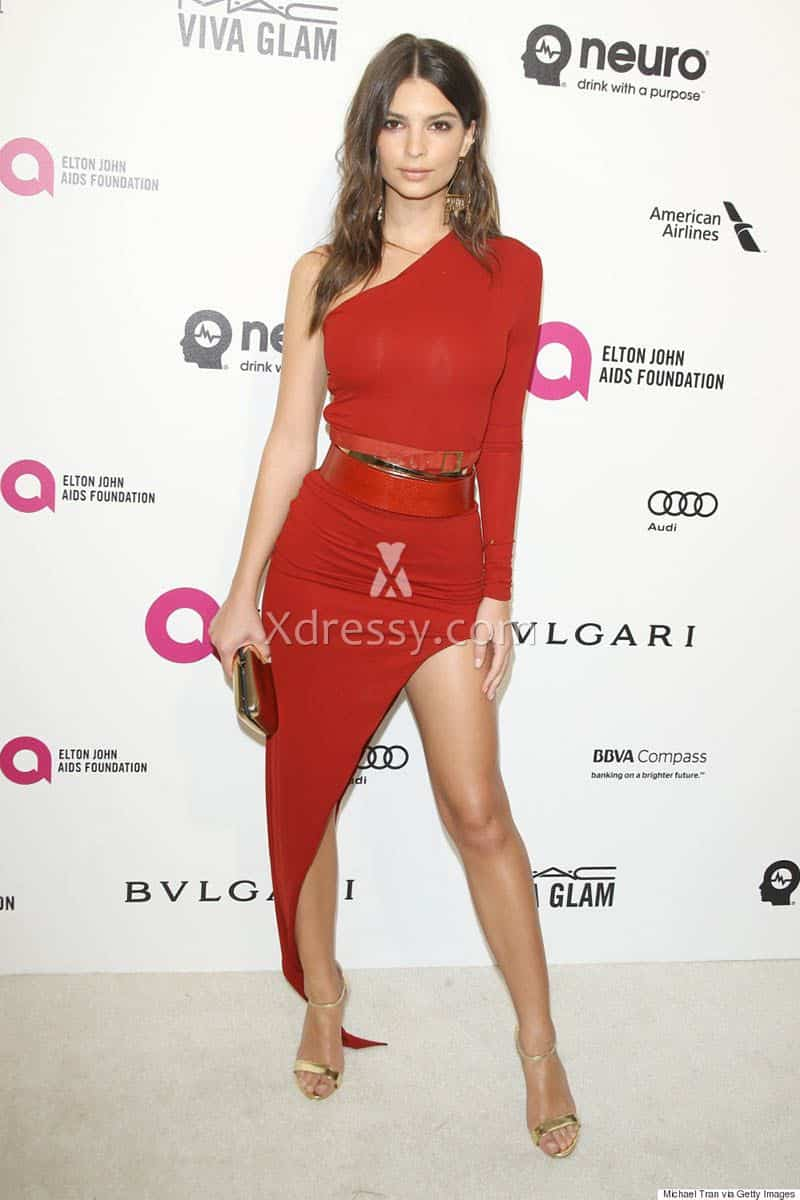 emily-ratajkowski-2016-oscar-red-carpet-one-sleeve-red-cocktail-party-dress-1