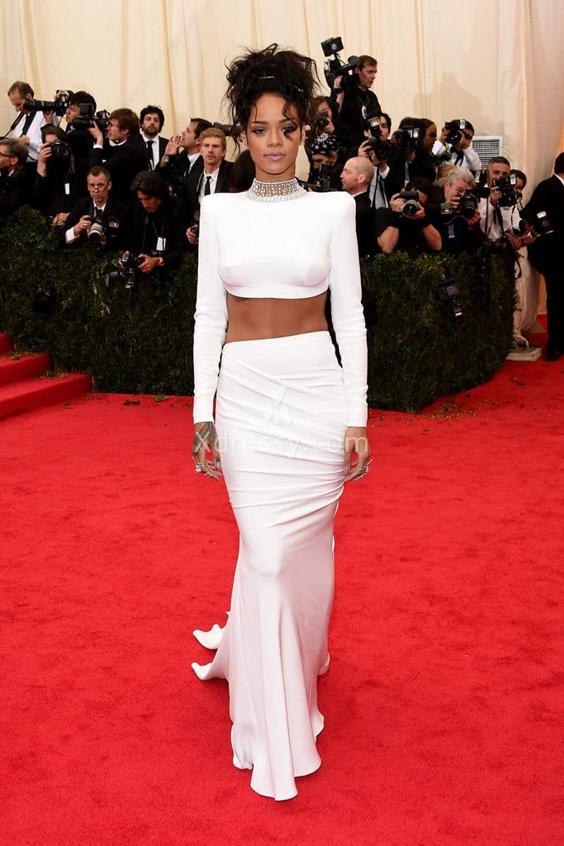 rihanna-white-long-sleeve-two-piece-elegant-mermaid-prom-dress-met-gala-2014-1